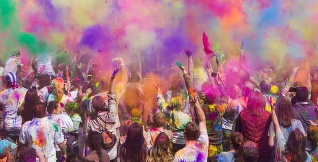 10 tips to protect your from hair & skin from harmful holi colours